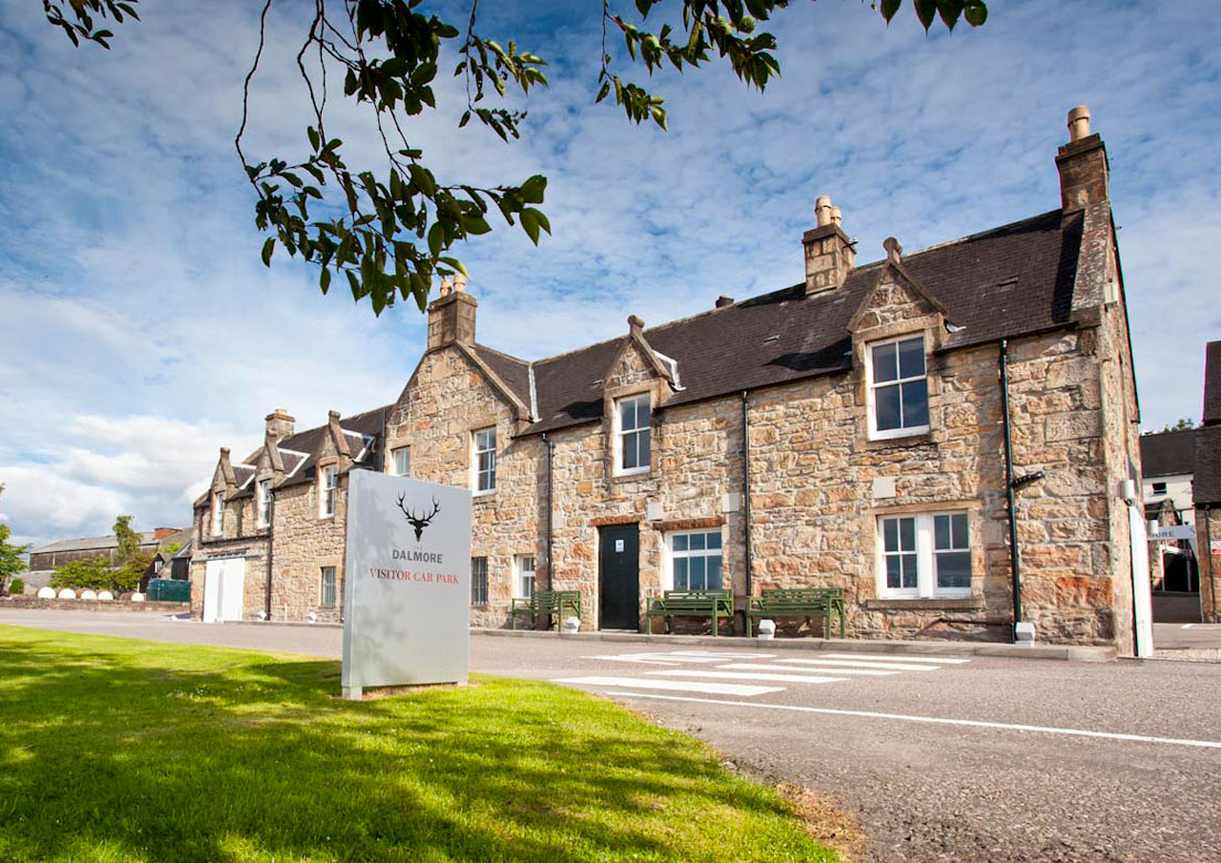 The Dalmore first opened a small visitor centre in 2004. It was redesigned in 2011 and extended in 2019 and forms a key part in the brand's communication of luxury to its drinkers.